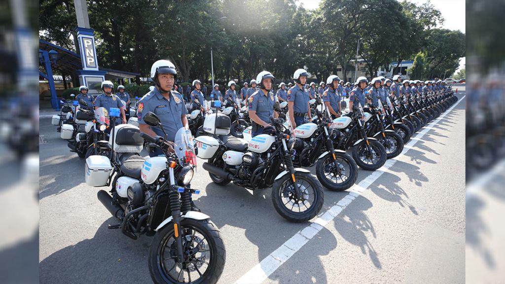 La Police des Philippines s'équipe en 125. Korean10