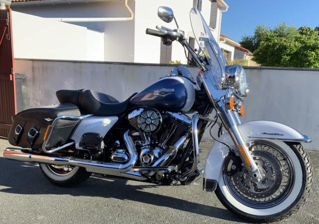 Road King uniquement, combien sur Passion-Harley  - Page 17 0ef75010