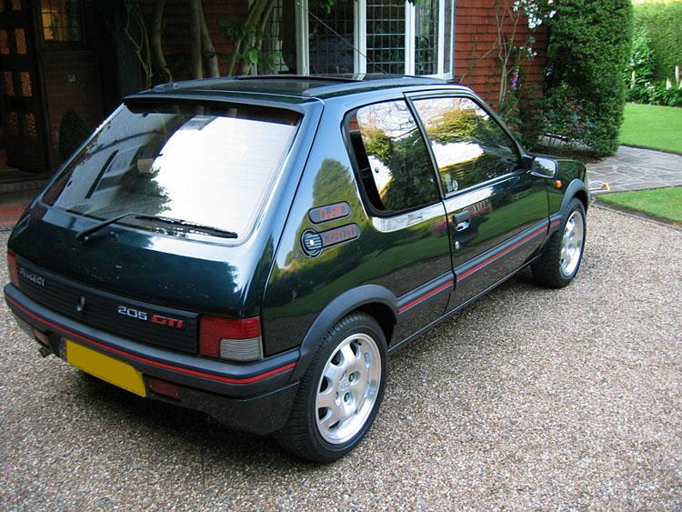 Golden Car of the Year-Aquellos años 80 PSA 206 Gtijpg10