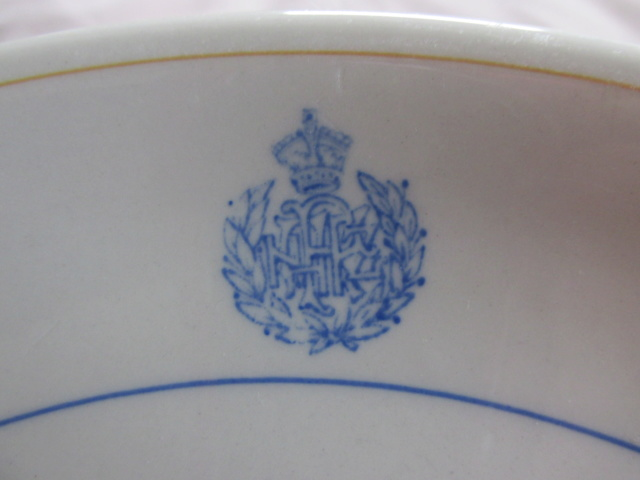 RNZAF crockery and when each pattern was produced Img_8910