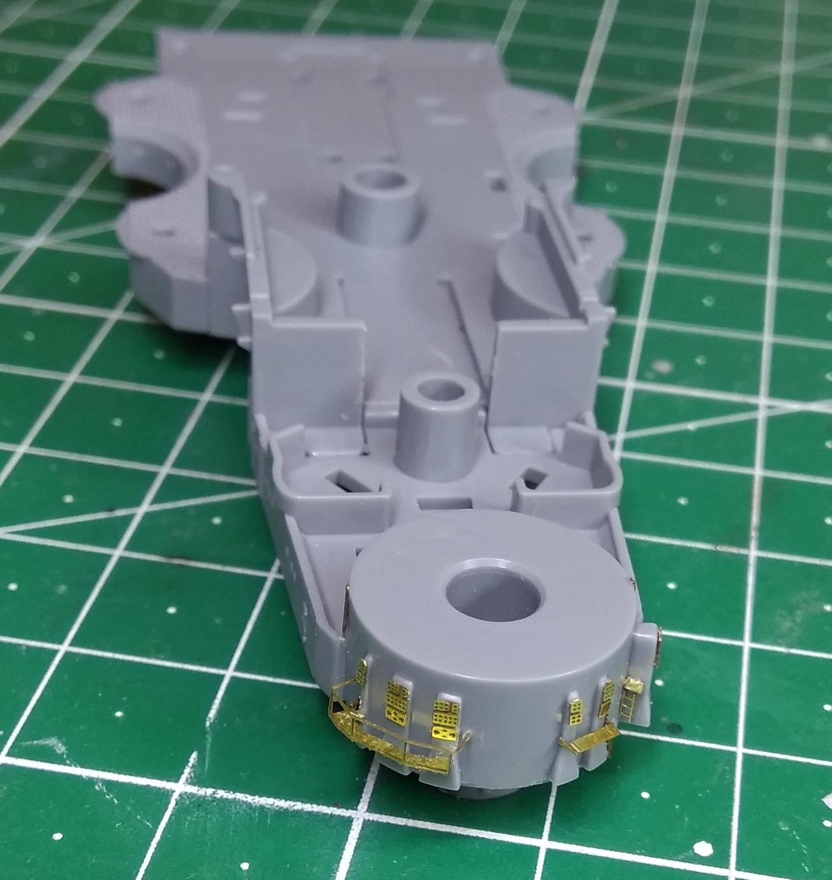 Bismarck MENG au 1/700e kit de PE Eduard - Page 2 Bismar19