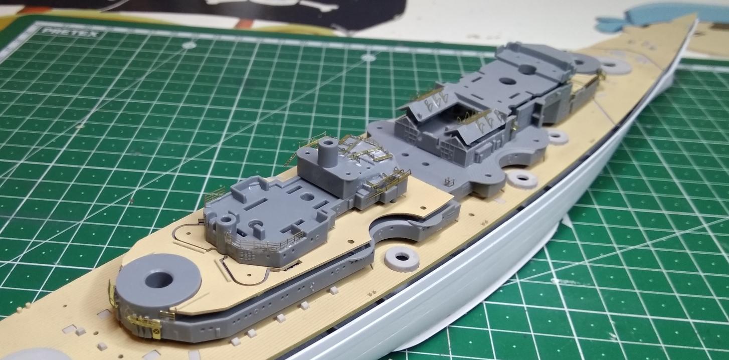 Bismarck MENG au 1/700e kit de PE Eduard - Page 2 Bismar25