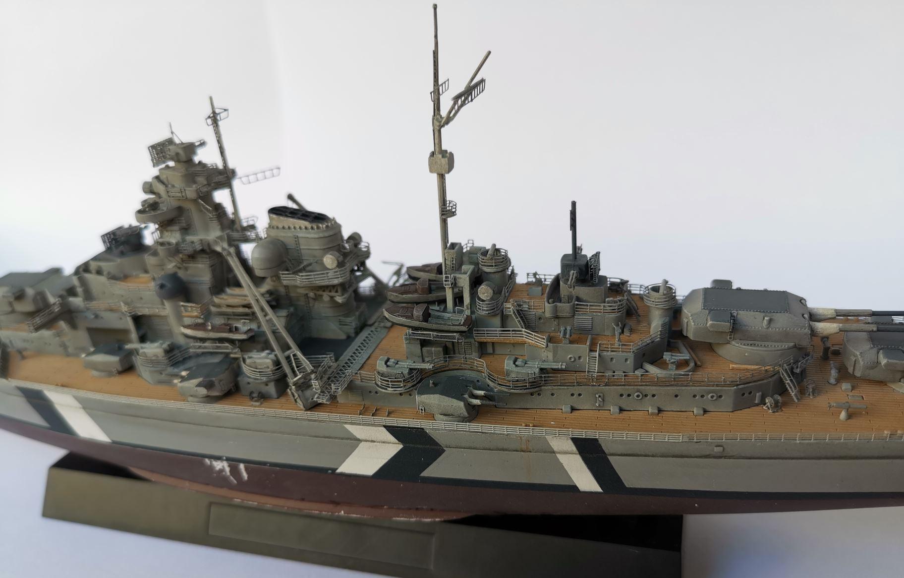 Bismarck MENG au 1/700e kit de PE Eduard - Page 6 Bismar44
