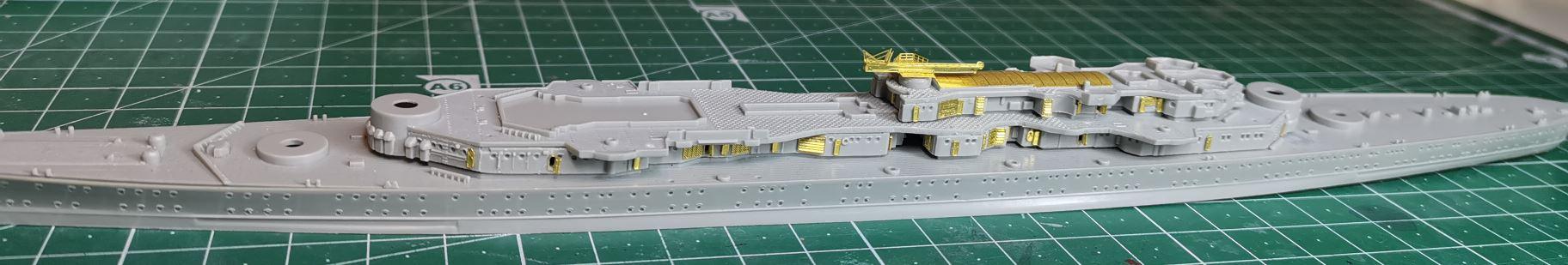 [TERMINE] Croiseur Prinz Eugen Trumpeter 1/700e, PE Flyhawk, pont en bois - Page 2 Eugen110