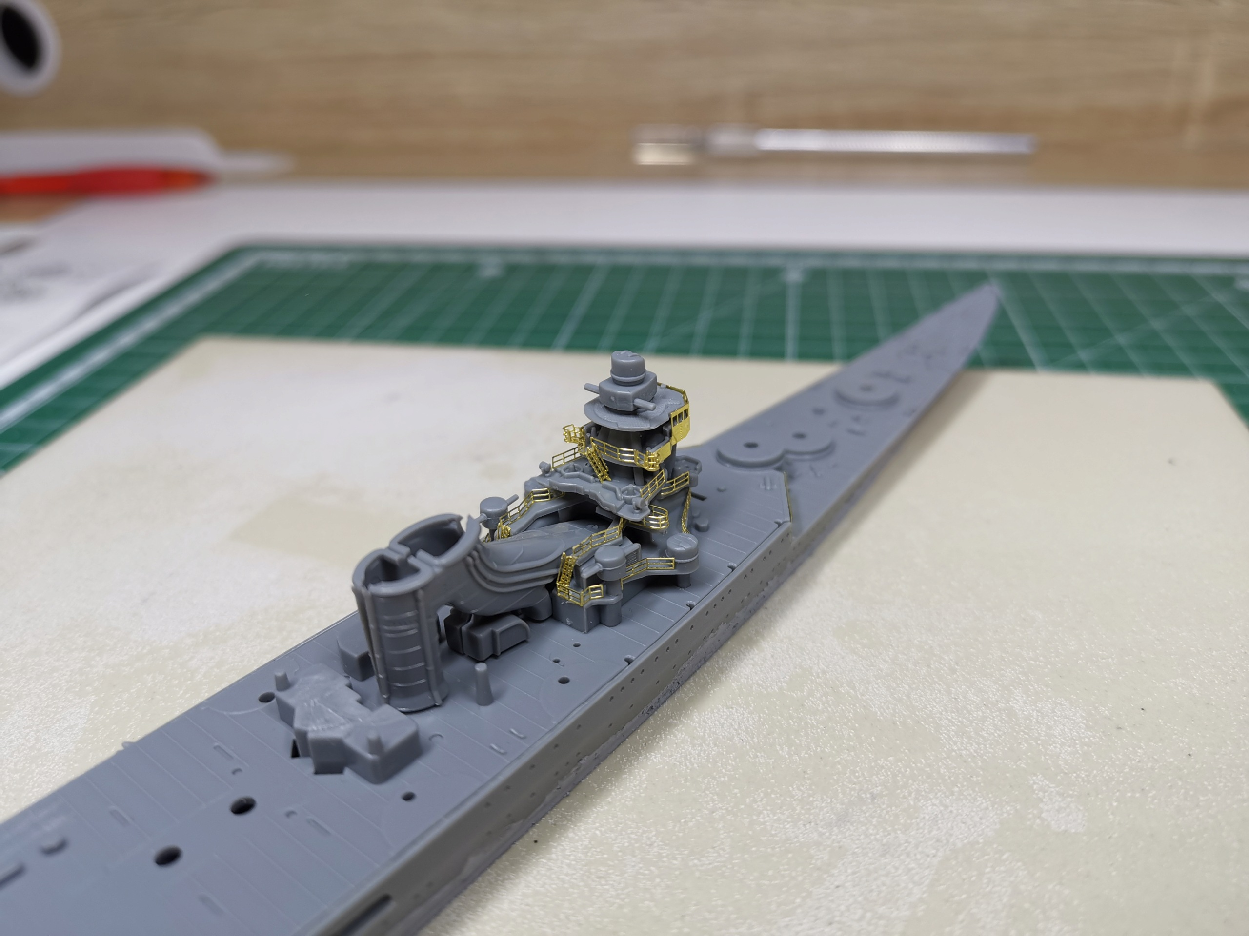 Croiseur léger Mogami Tamiya 1/700e + PE Artist Hobby Img_2013