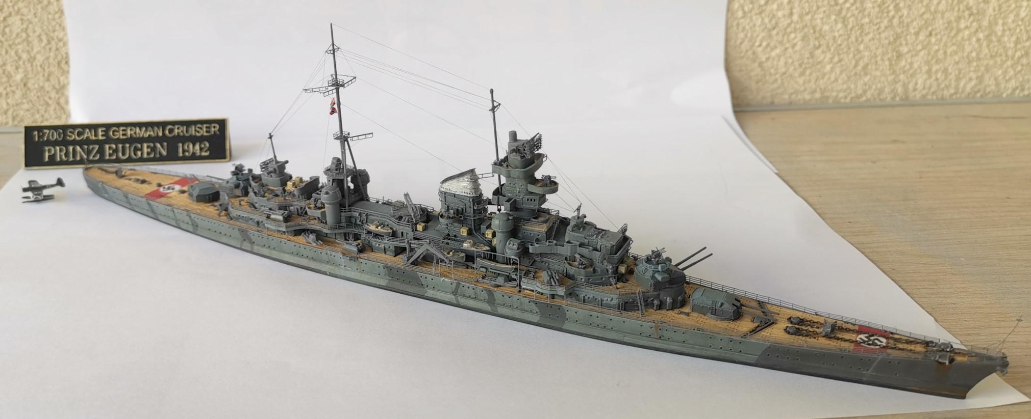 Prinz Eugen 1/700e Trumpeter + kit Flyhawk et pont en bois Prinz013