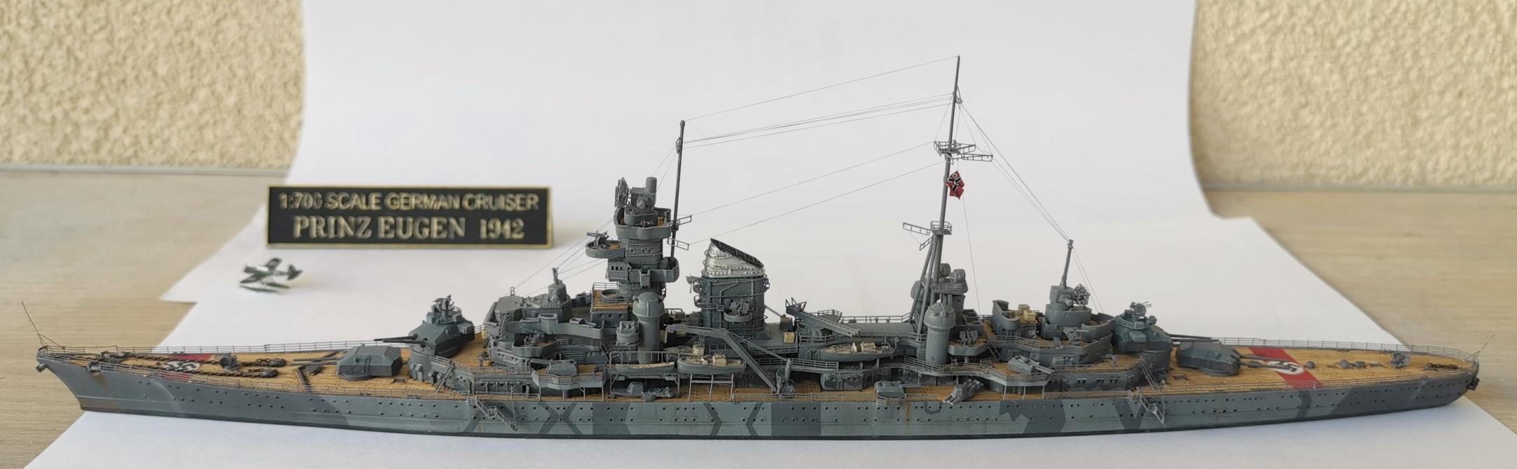 Prinz Eugen 1/700e Trumpeter + kit Flyhawk et pont en bois Prinz015