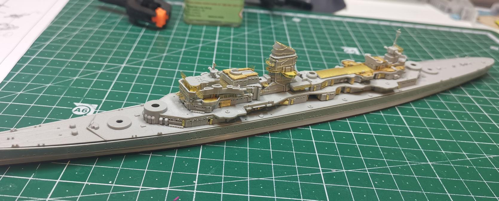 [TERMINE] Croiseur Prinz Eugen Trumpeter 1/700e, PE Flyhawk, pont en bois - Page 3 Prinz210
