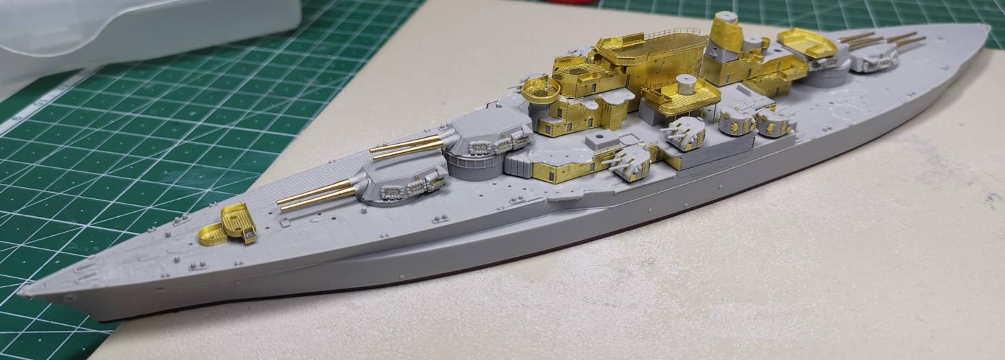 USS West Virginia (Trumpeter+superdetail Five Star 1/700°) de IsKor - Page 2 Virgin12