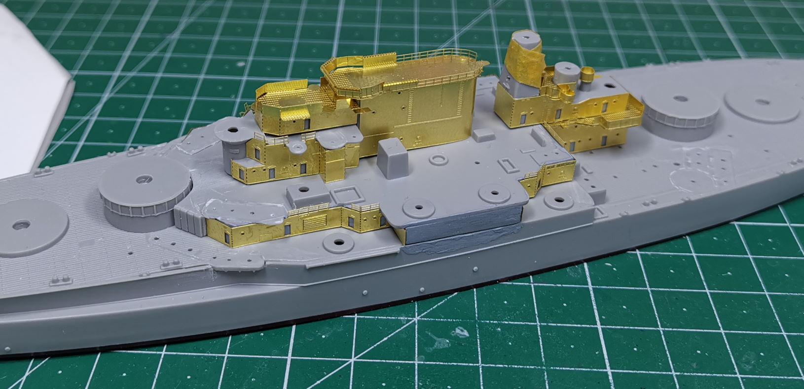USS West Virginia (Trumpeter+superdetail Five Star 1/700°) de IsKor West110