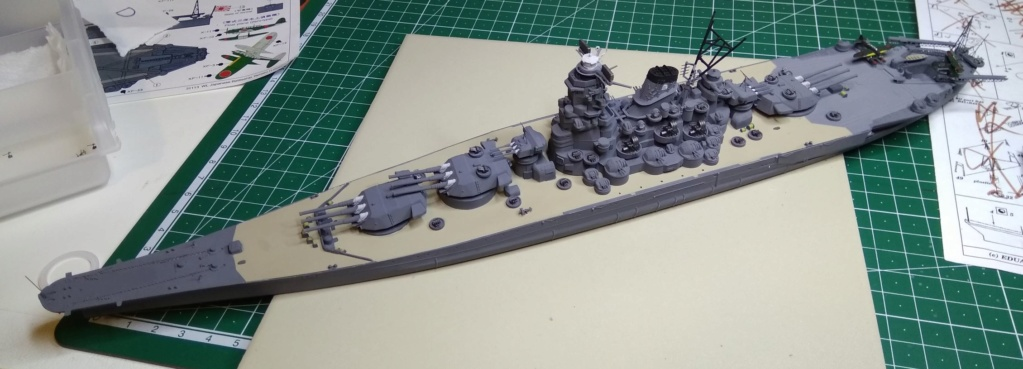 IJN Yamato Tamiya 1/700e + PE Eduard - Page 4 Yam110