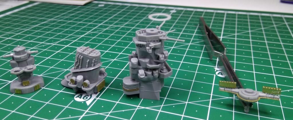 IJN Yamato Tamiya 1/700e + PE Eduard - Page 2 Yamato10