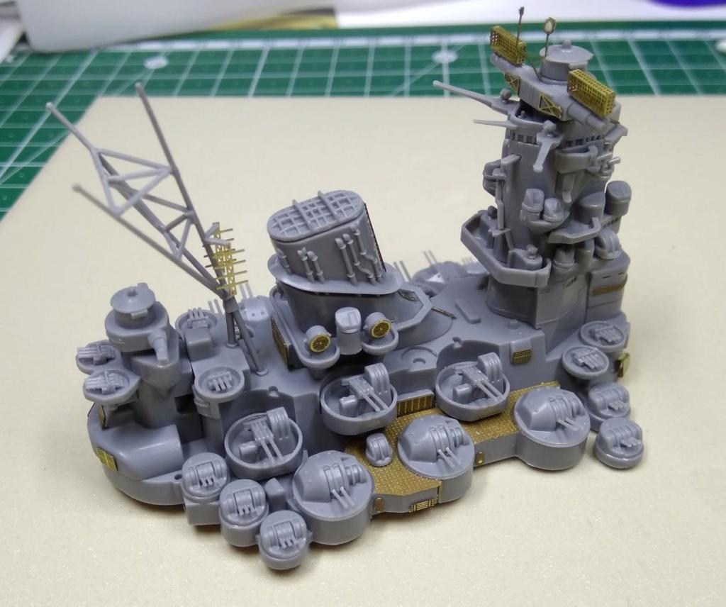 IJN Yamato Tamiya 1/700e + PE Eduard - Page 3 Yamato12