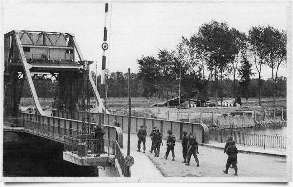 6 Juin 1944 : Débarquement en Normandie Pegasu10