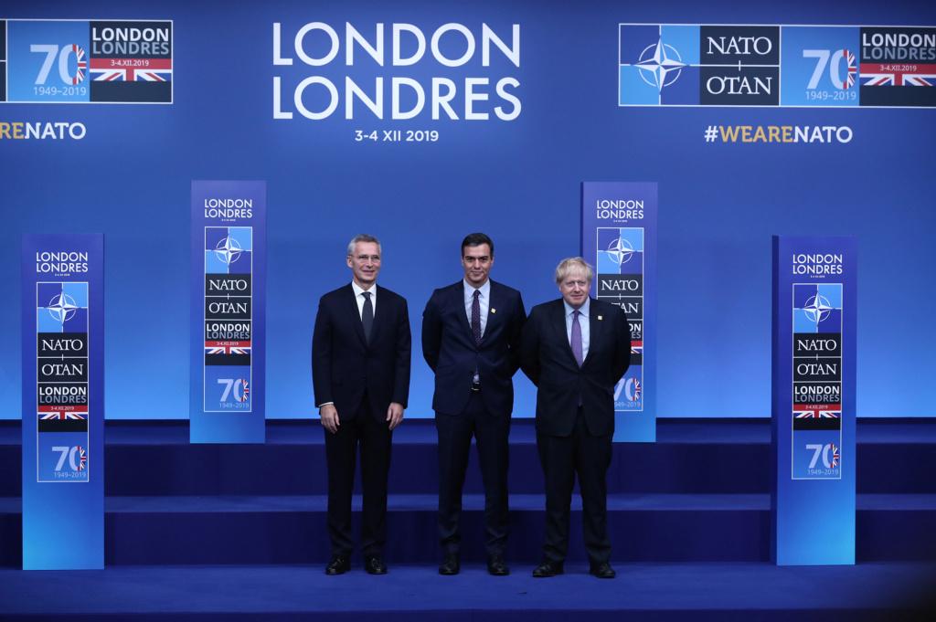 ¿Cuánto mide Boris Johnson?  04121910