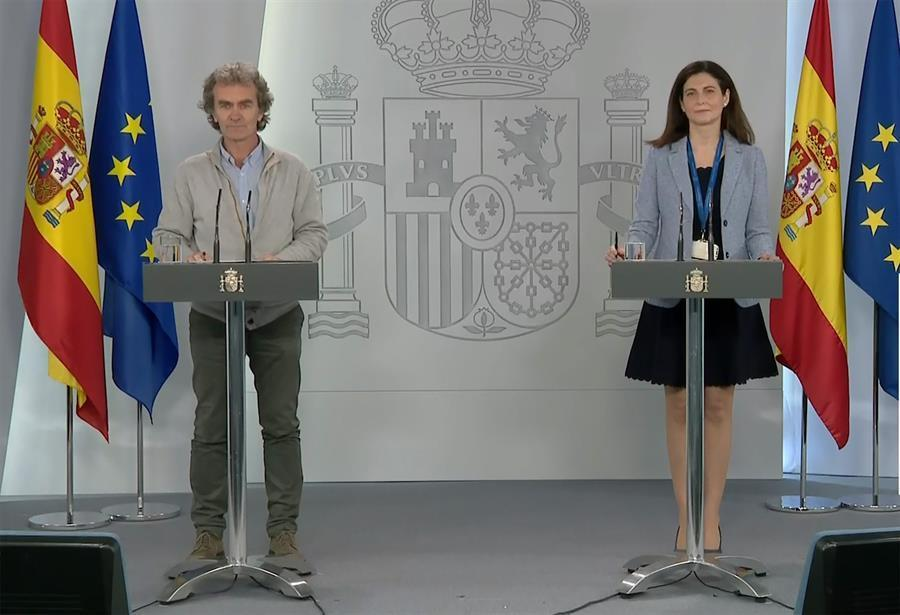 ¿Cuánto mide Fernando Simón? - Altura 10366110