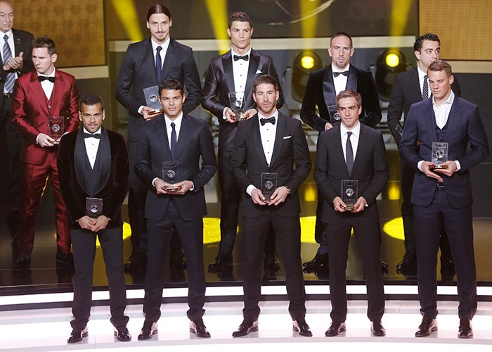 ¿Cuánto mide Thiago Silva? - Altura - Real height 18826110