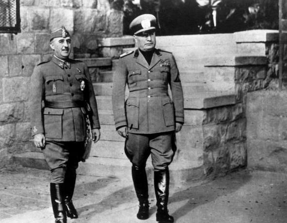 ¿Cuánto mide Francisco Franco? - Altura - Real height - medía - Página 3 20151110
