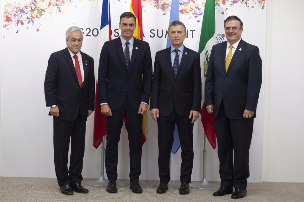 ¿Cuánto mide Mauricio Macri? - Altura - Real height - Página 3 28051910