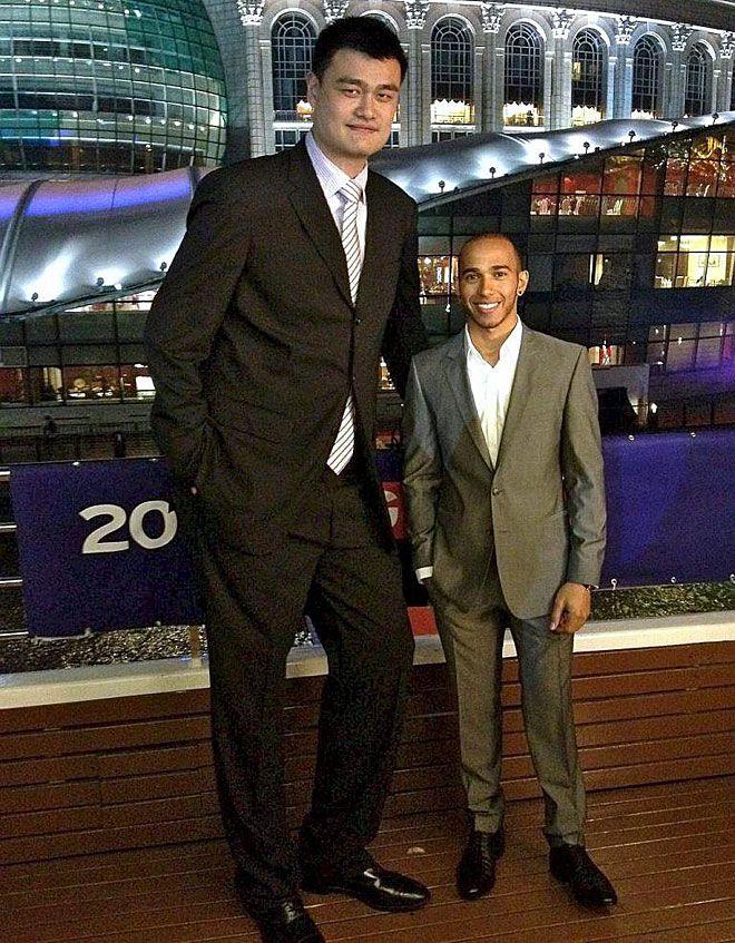 ¿Cuánto mide Robert Wadlow? - Altura - Real height - Página 2 4ecb1510