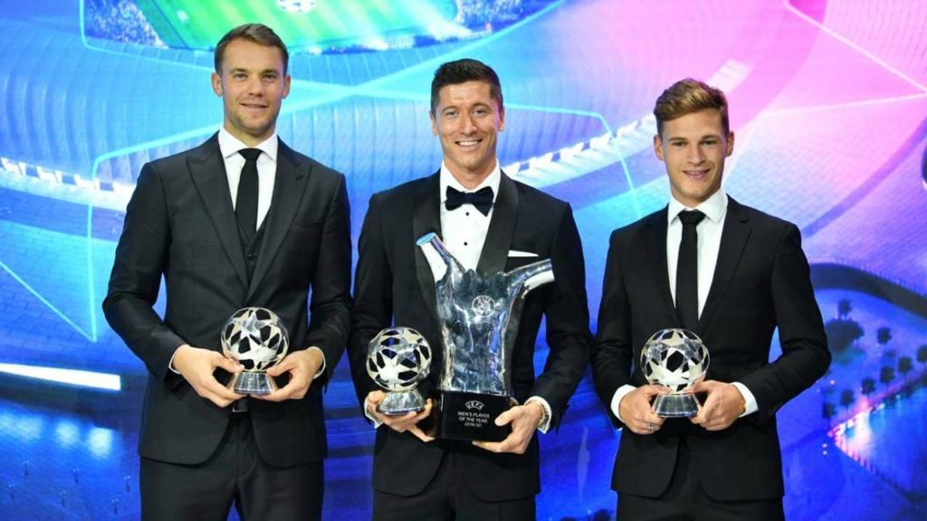 ¿Cuánto mide Manuel Neuer? - Real height 92865310