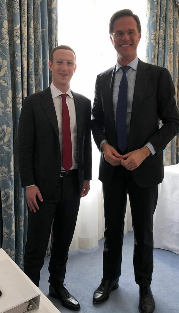 ¿Cuánto mide Mark Zuckerberg? - Altura - Real height - Página 3 Ab1zgd10