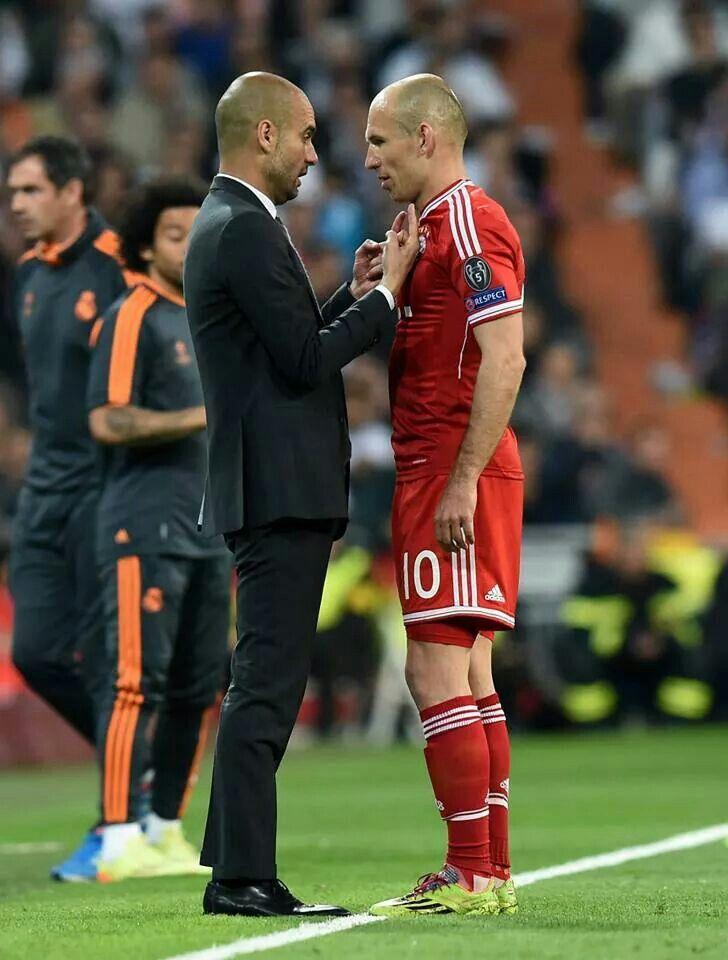 ¿Cuánto mide Arjen Robben? - Altura - Real height Arjen-10