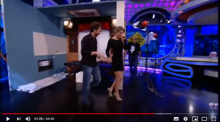 ¿Cuánto mide Elsa Pataky? - Real height - Página 2 Captur29