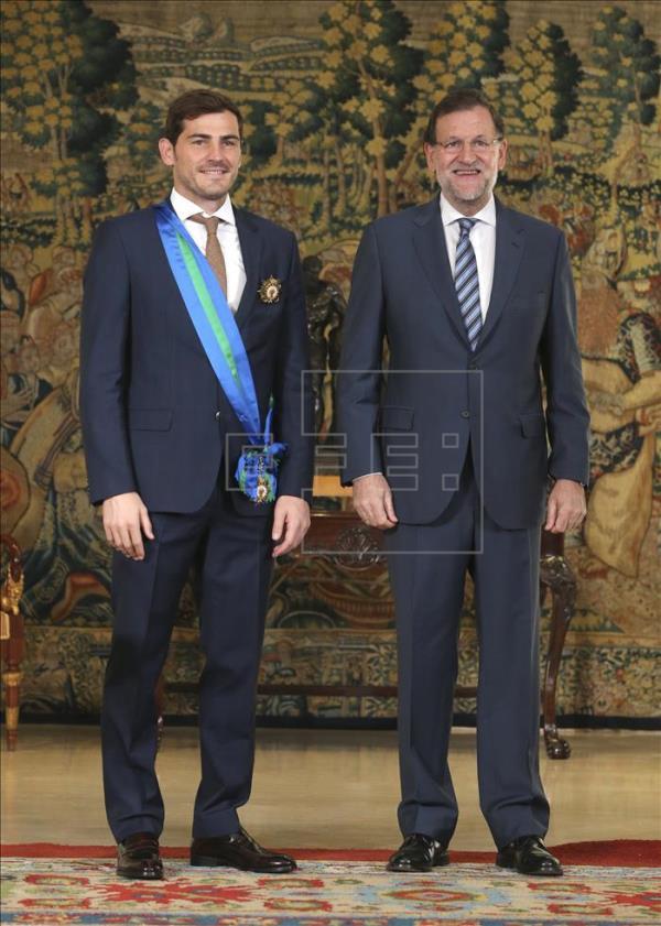 ¿Cuánto mide Iker Casillas? - Estatura real: 1,82 - Real height Imagen12