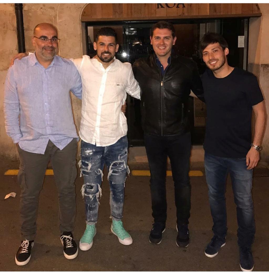 ¿Cuánto mide Raúl González? - Altura - Real height - Página 2 Img_2111