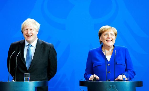 ¿Cuánto mide Boris Johnson?  Merkel10