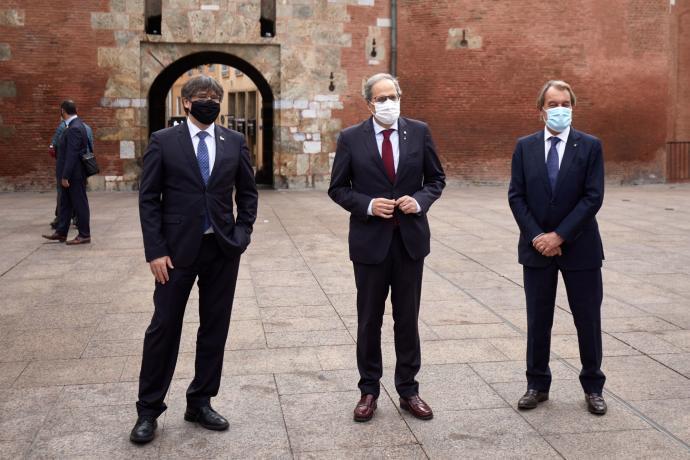 ¿Cuánto mide Carles Puigdemont? - Estatura - Real height Puigde10