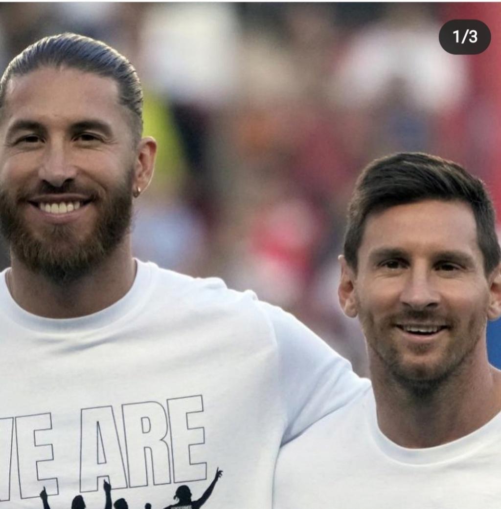 ¿Cuánto mide Lionel Messi? - Estatura y peso - Real height - Página 12 Screen63