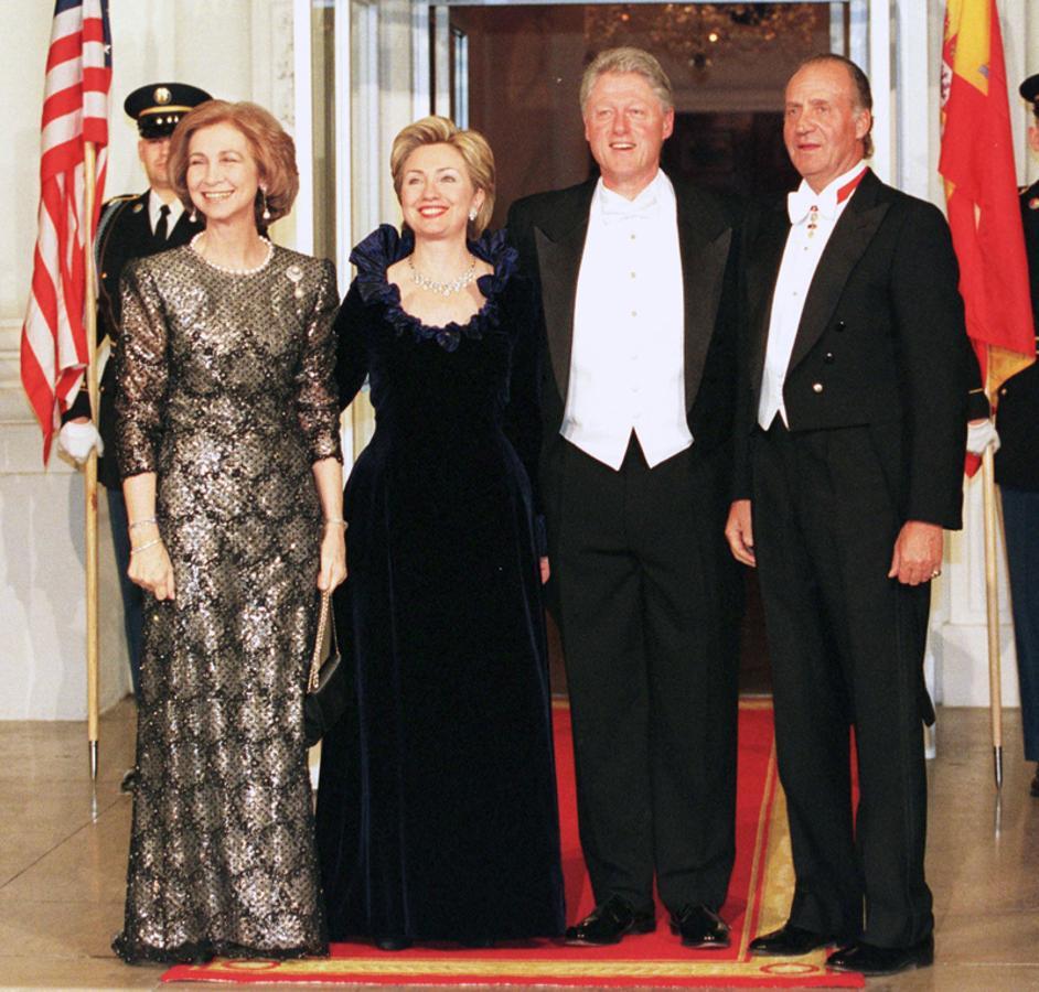 ¿Cuánto mide el Rey Juan Carlos I? - Altura - Real height - Página 2 Visita10