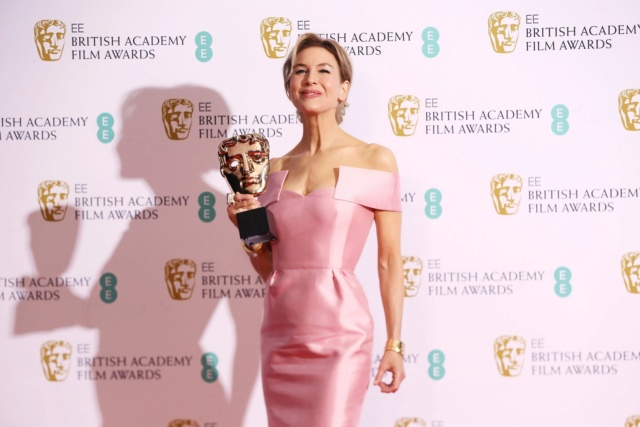 芮妮齊薇格《茱蒂》首奪英國奧斯卡影后  休葛蘭猛讚「幹得好!」 004aun10