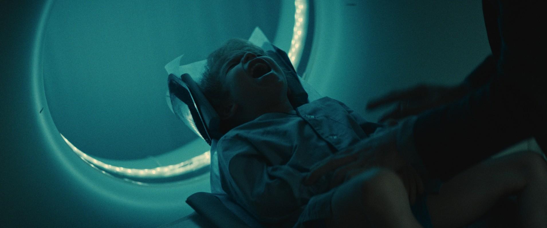 俄國當地謠傳恐怖《陰兒》地獄養子事件流傳多時首度公開 Aoanao16