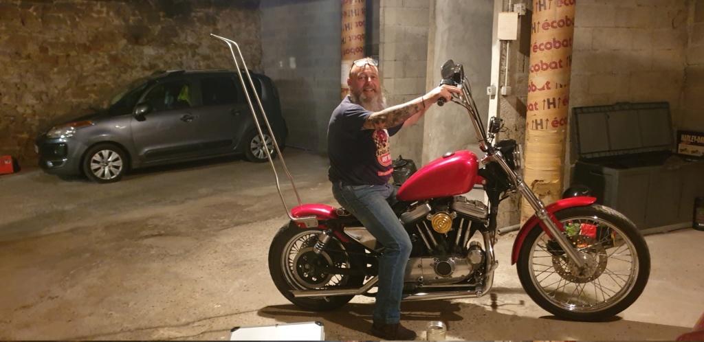 un sporster dans le garage 20200713