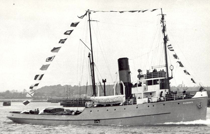 Remorqueur de haute mer S.T. Rumania (RC Deans Marine 1/96°) de Philippe R. DAVID Rumani13