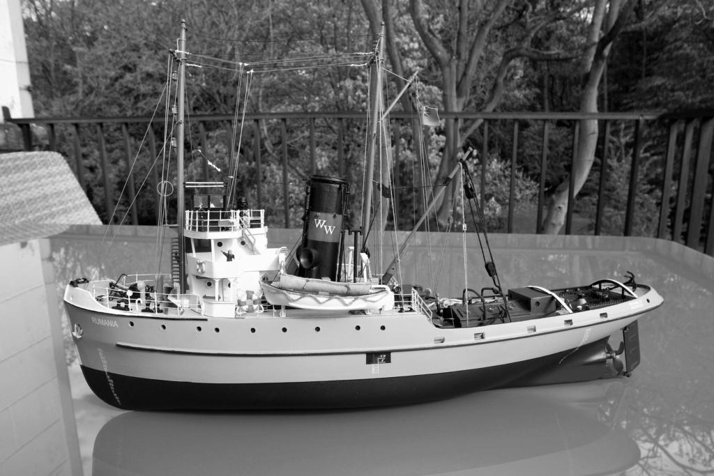 Remorqueur de haute mer S.T. Rumania (RC Deans Marine 1/96°) de Philippe R. DAVID Rumani14