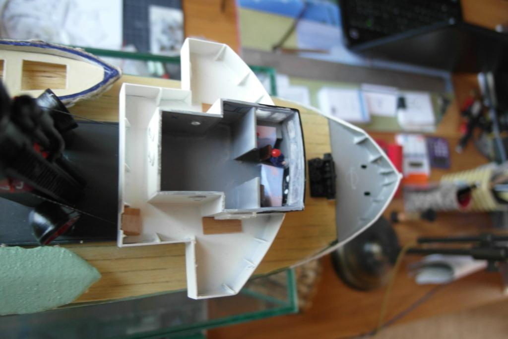 Remorqueur de haute mer S.T. Rumania (RC Deans Marine 1/96°) de Philippe R. DAVID Sam_0032