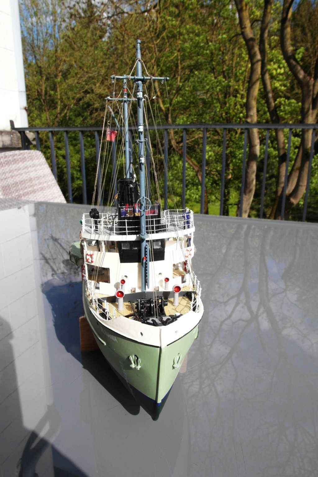 Remorqueur de haute mer S.T. Rumania (RC Deans Marine 1/96°) de Philippe R. DAVID Sam_0037