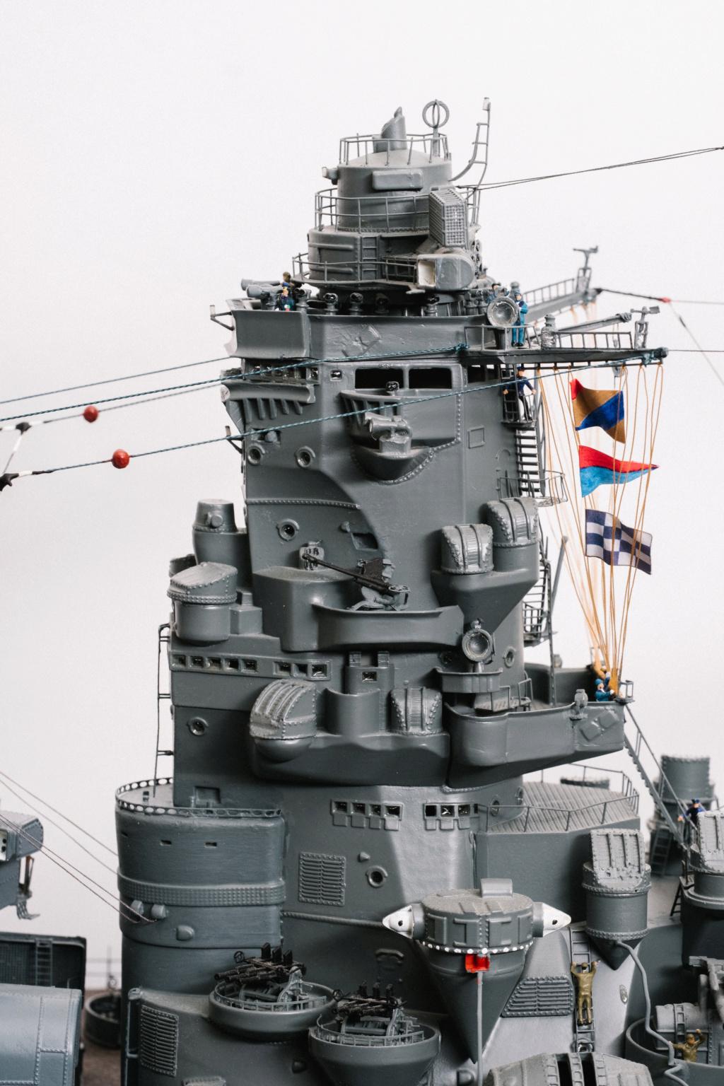 Yamato, un jour de janvier 1945 Modèle RC au 1/150 dans sa vitrine d'exposition - Page 2 Yamato16