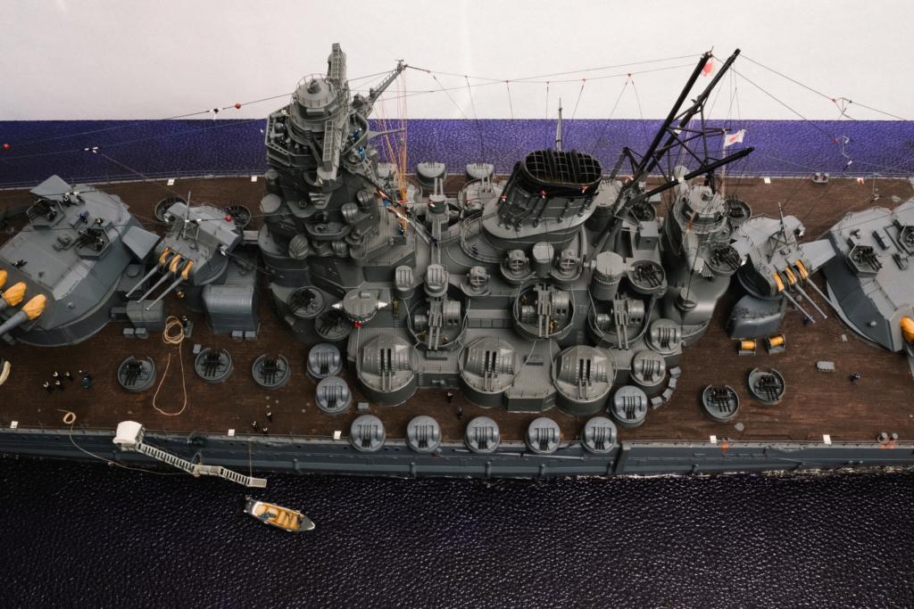 Yamato, un jour de janvier 1945 Modèle RC au 1/150 dans sa vitrine d'exposition - Page 3 Yamato19