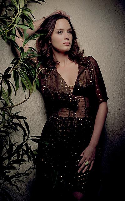 Emily Blunt avatars 400*640px Meredi17