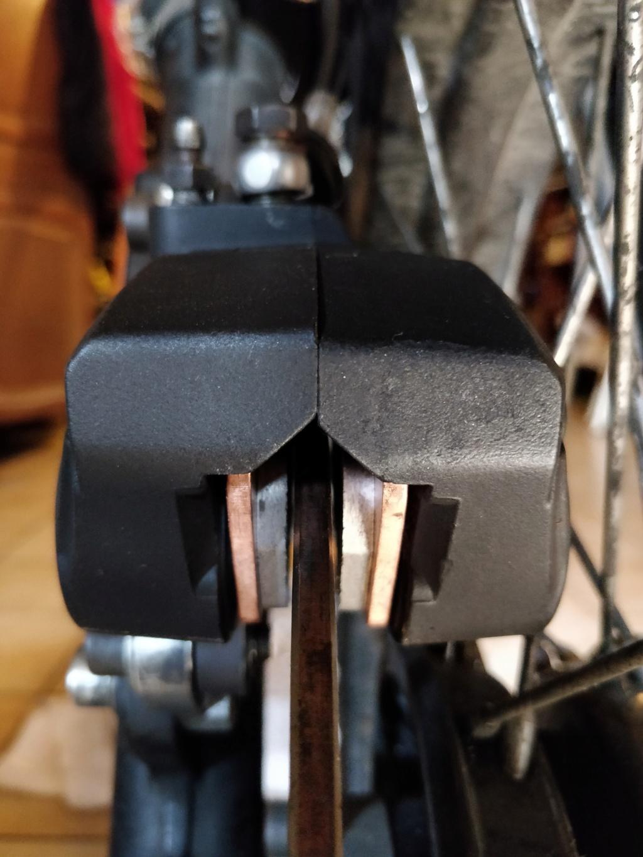 R100GS - Rectifer étrier brembo 4 pistons Img_2072