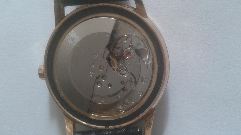 ZENITH -  [Postez ICI les demandes d'IDENTIFICATION et RENSEIGNEMENTS de vos montres] - Page 15 9d840410
