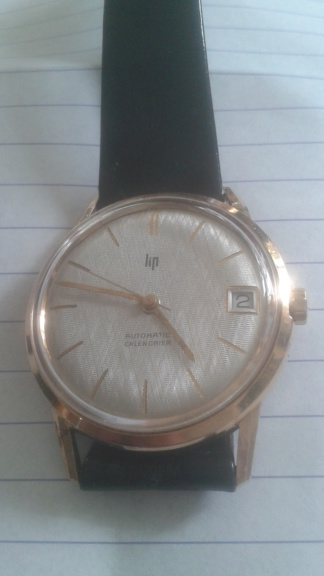 ZENITH -  [Postez ICI les demandes d'IDENTIFICATION et RENSEIGNEMENTS de vos montres] - Page 15 F4e76610
