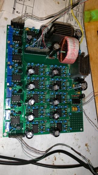 Анализатор спектра на лампах ИН-9 Fbd84110