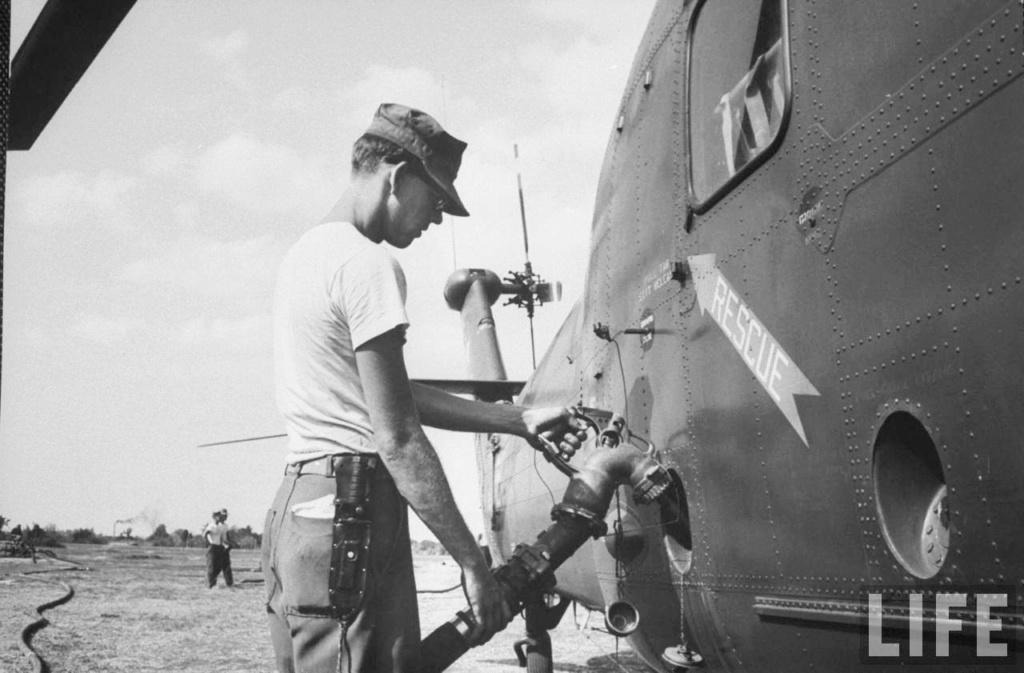 LES COUTEAUX DE SURVIE DES PILOTES DE L'USAAF. 61897910
