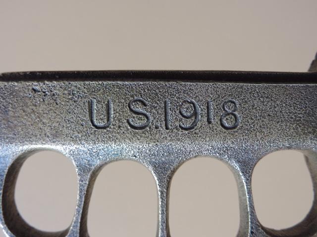 Trench kniff 1918, Selle military Dscn3510